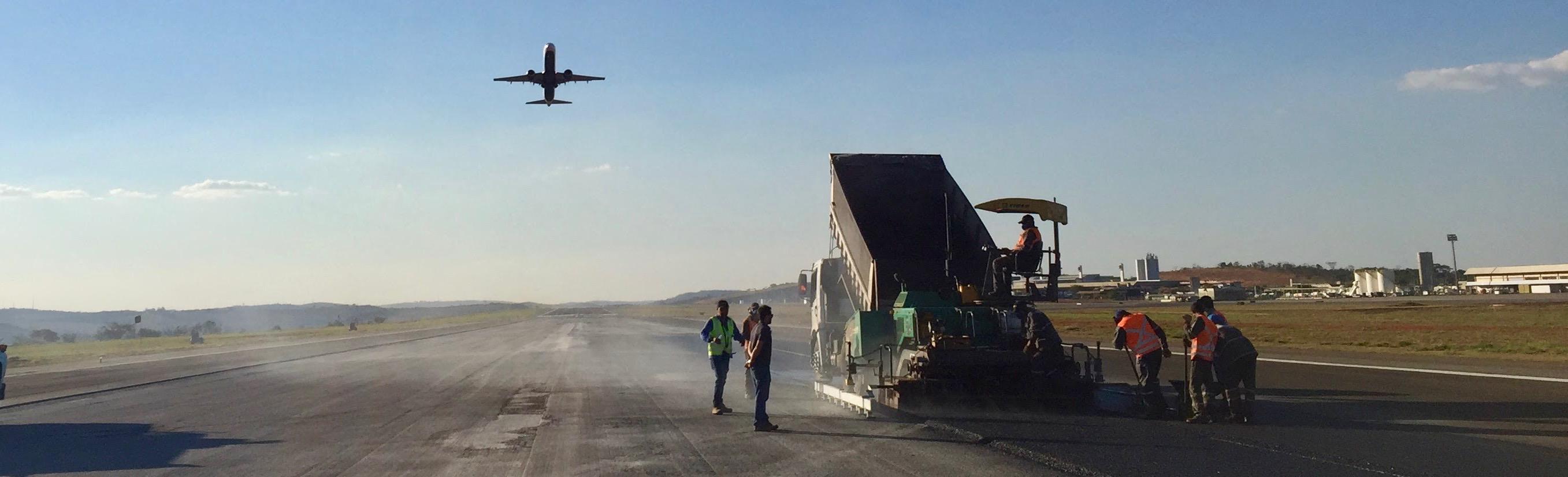 Correção do I.R.I. na PPD do<br>Aeroporto de Confins/MG<br><br>Consórcio Locpav-Bali